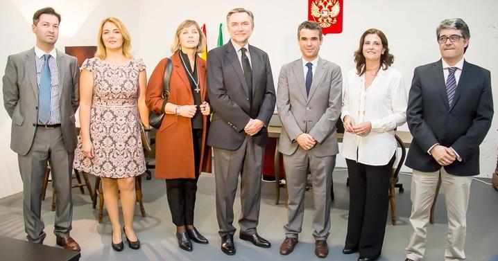 Inauguraci n de la oficina del consulado honorario de for Oficina turismo marbella