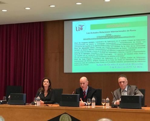 """Seminario """"Las actuales relaciones internacionales de Rusia"""" en la Universidad de Sevilla"""